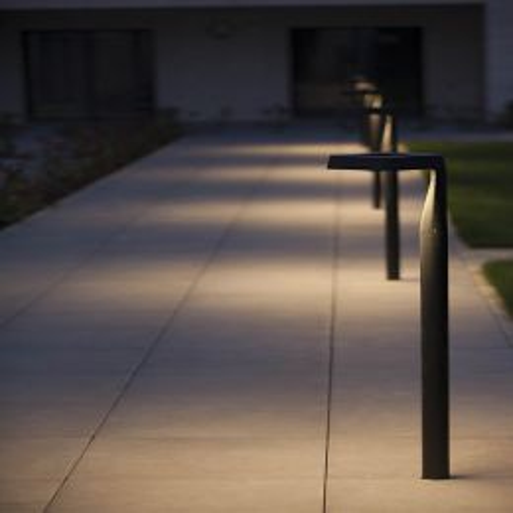 Roger Pradier Square Modell 2 LED-Pollerleuchte Ambiente